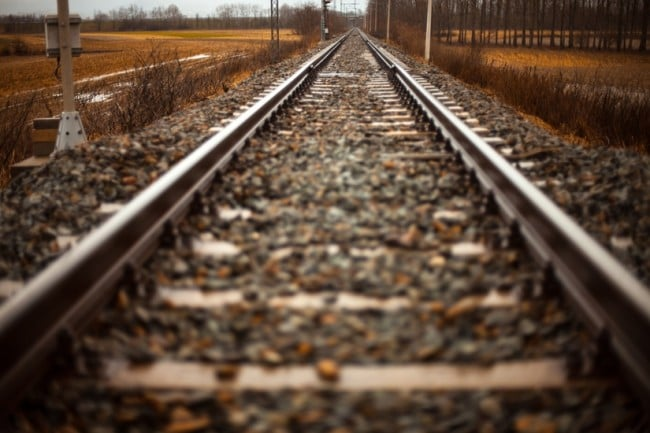 rails-train-path-straight-large